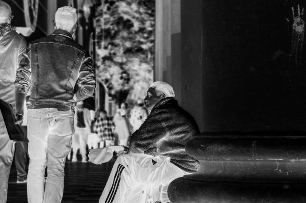 Eloy Rodríguez Tale - Situación de calle